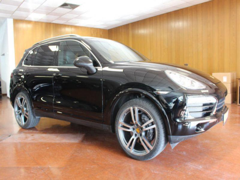 Porsche Cayenne 3.0 V6 300 cv Noir occasion à BEAUPUY - photo n°9