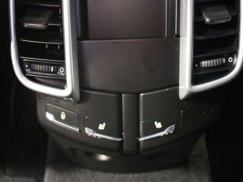 Porsche Cayenne 3.0 V6 300 cv Noir occasion à BEAUPUY - photo n°7
