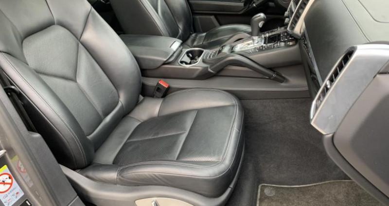 Porsche Cayenne 3.0 V6 S 333cv Hybrid Gris occasion à Meylan - photo n°5