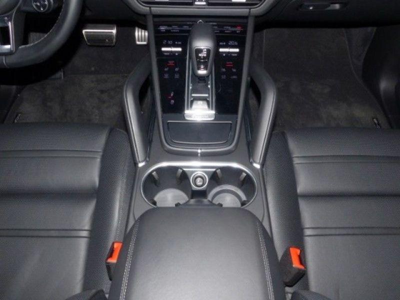 Porsche Cayenne 4.0 V8 Turbo 550 Bleu occasion à BEAUPUY - photo n°8