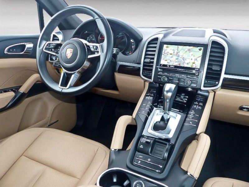 Porsche Cayenne 4.2 V8 S Diesel 382 cv Noir occasion à BEAUPUY - photo n°6