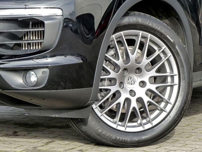 Porsche Cayenne 4.2 V8 S Diesel 382 cv Noir occasion à BEAUPUY - photo n°8