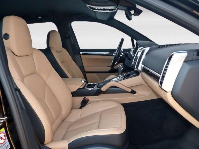Porsche Cayenne 4.2 V8 S Diesel 382 cv Noir occasion à BEAUPUY - photo n°3