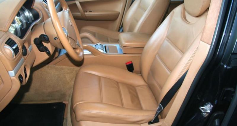 Porsche Cayenne 4.8 V8 Turbo Tiptronic S A Noir occasion à SAINT MAXIMUM - photo n°7