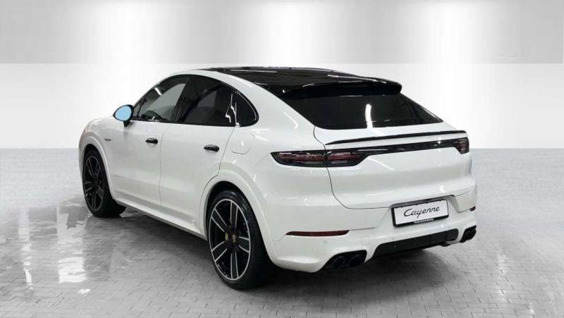 Porsche Cayenne E-Hybrid Coupé Turbo S Blanc occasion à BEAUPUY - photo n°3