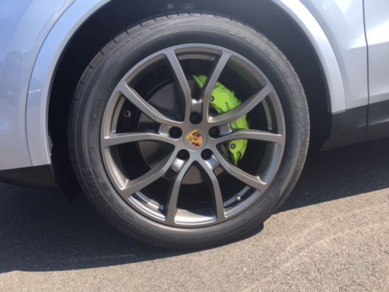 Porsche Cayenne III 3.0 E-HYBRID 462 Argent occasion à Beaupuy - photo n°8