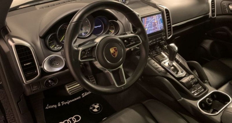 Porsche Cayenne SE S E-HYBRIDE 3,0 V6 416ch PLATINUM NBES OPTIONS Noir occasion à Villeneuve Loubet - photo n°4