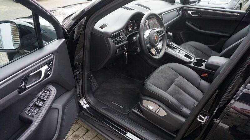 Porsche Macan 2.0 245CH PDK Noir occasion à Villenave-d'Ornon - photo n°7