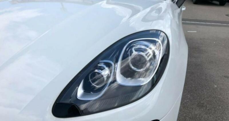 Porsche Macan 2.0 252ch PDK Blanc occasion à Boulogne-Billancourt - photo n°5