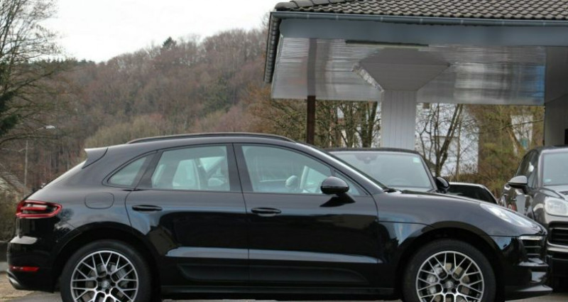 Porsche Macan 3.0 V6 258ch S Diesel PDK Noir occasion à Boulogne-Billancourt - photo n°4