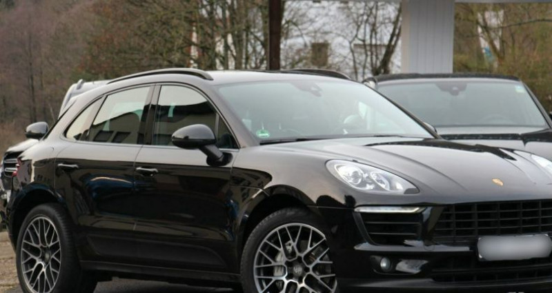 Porsche Macan 3.0 V6 258ch S Diesel PDK Noir occasion à Boulogne-Billancourt - photo n°5