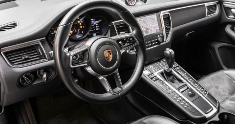 Porsche Macan 3.0 V6 360ch GTS PDK Noir occasion à Boulogne-Billancourt - photo n°6