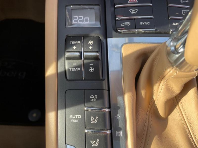 Porsche Macan 3.0 V6 TDI258 PDK  S GARANTIE 12MOIS Bleu occasion à Verfeil - photo n°14