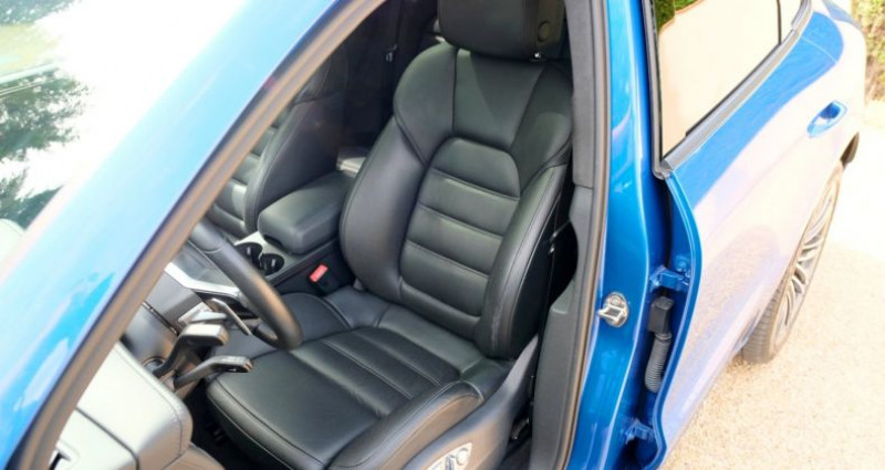 Porsche Macan 3.6 V6 TURBO Bleu occasion à Le Thoronet - photo n°6