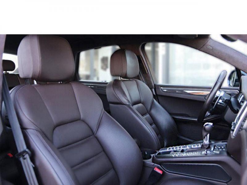 Porsche Macan TURBO 400 Noir occasion à BEAUPUY - photo n°4