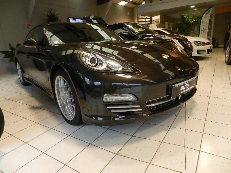 Porsche Panamera (970) DIESEL 250CH Gris occasion à Quimper
