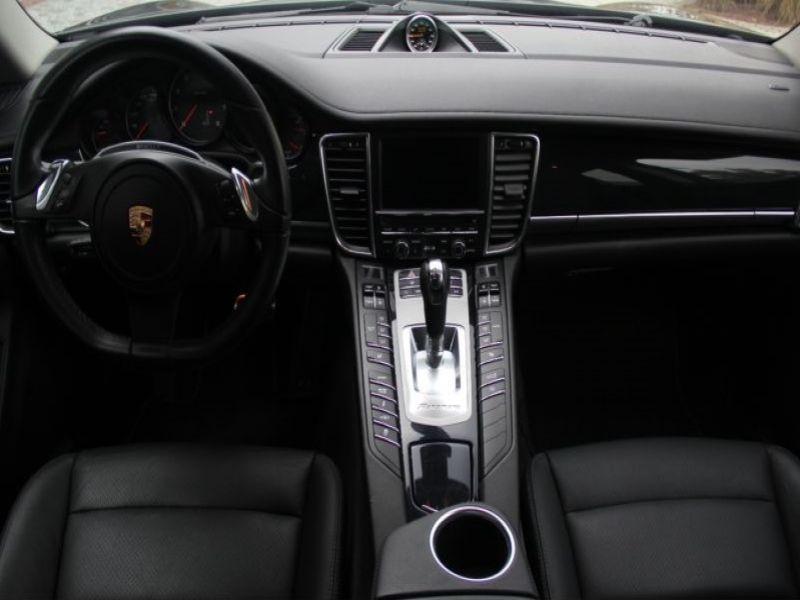 Porsche Panamera 3.0 V6 4 300 ch Gris occasion à BEAUPUY