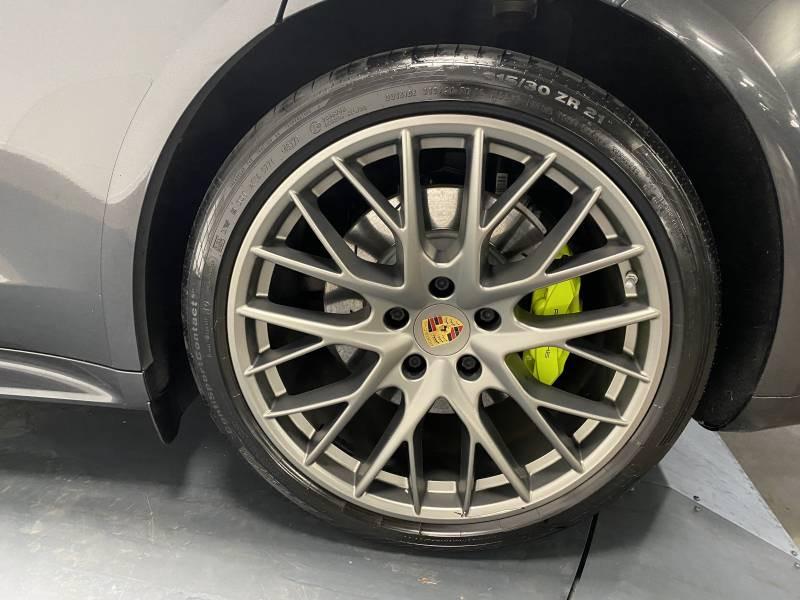 Porsche Panamera 4 V6 3.0 462 Hybrid Sport Turismo Edition 10 ans PDK Gris occasion à Lormont - photo n°16