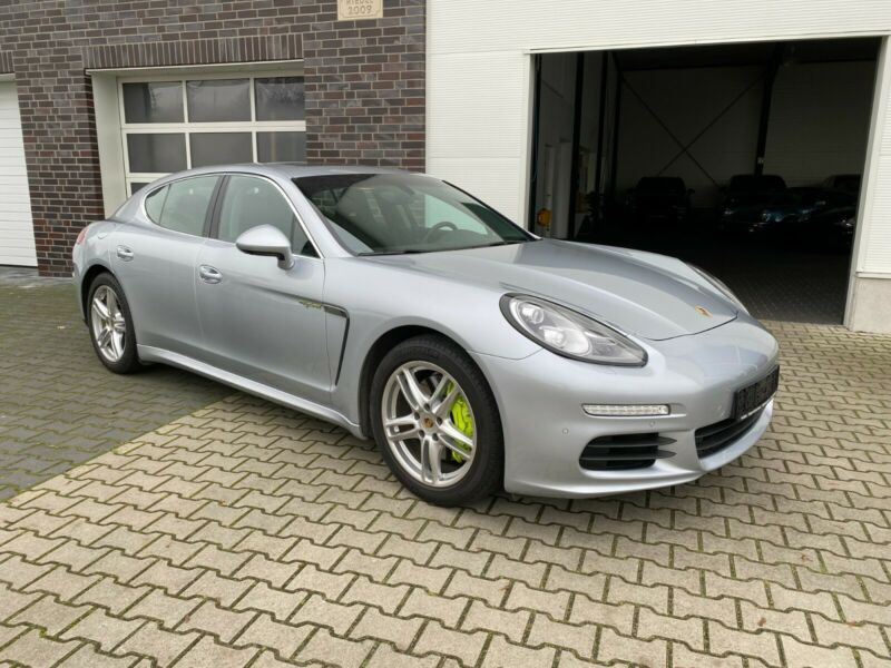 Porsche Panamera S 4 E-Hybrid Gris occasion à BEAUPUY