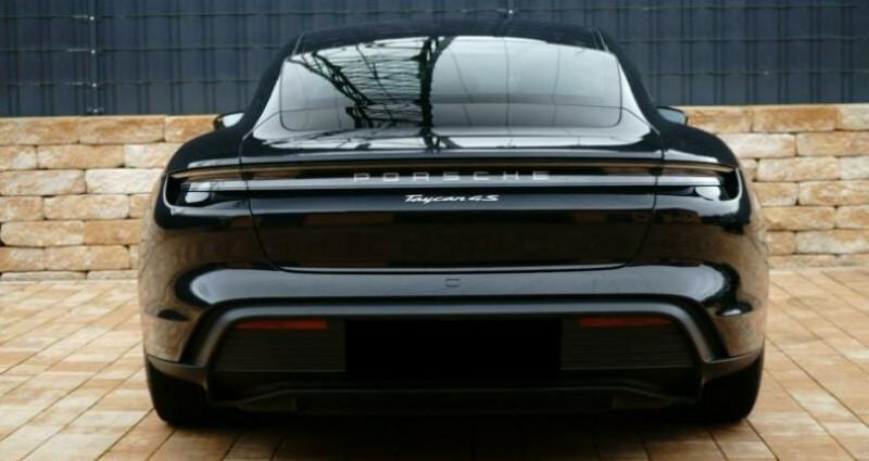 Porsche Taycan 4S Noir occasion à Montévrain - photo n°2
