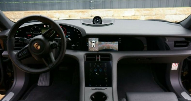Porsche Taycan 4S Noir occasion à Montévrain - photo n°4