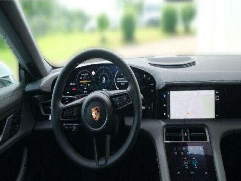 Porsche Taycan 4S Blanc occasion à BEAUPUY - photo n°2
