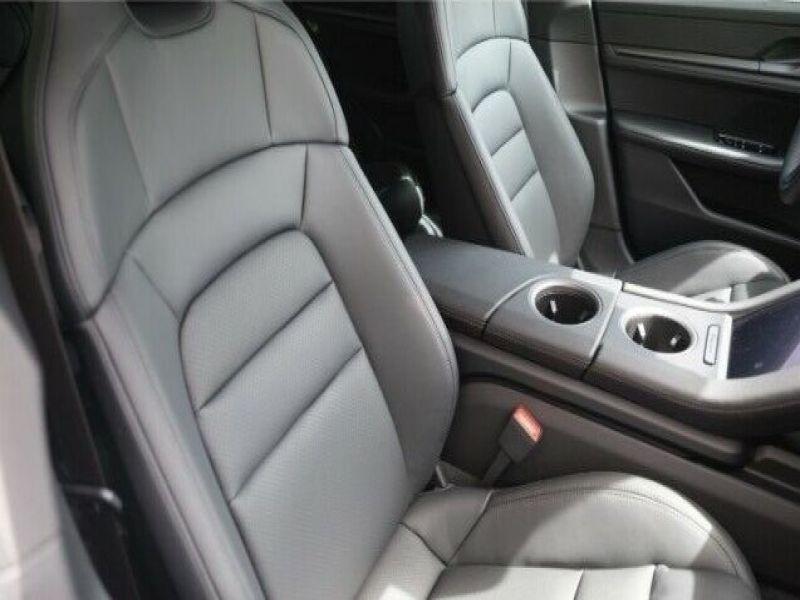 Porsche Taycan 4S Blanc occasion à BEAUPUY - photo n°7