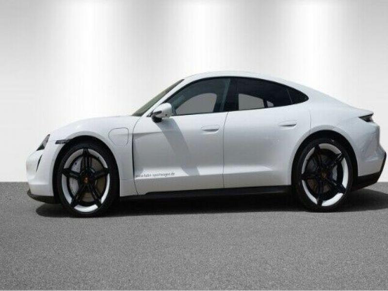 Porsche Taycan 4S Blanc occasion à BEAUPUY - photo n°9