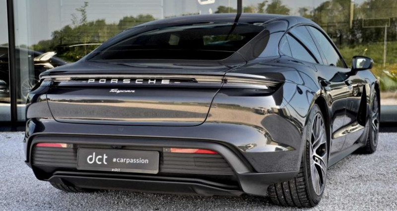 Porsche Taycan PerfmBat SportSound Airsus 18Way BOSE 22kW Gris occasion à Wielsbeke - photo n°4