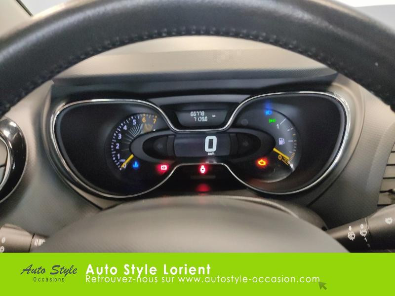Renault Captur 0.9 TCe 90ch Stop&Start energy Zen eco² Beige occasion à LANESTER - photo n°9