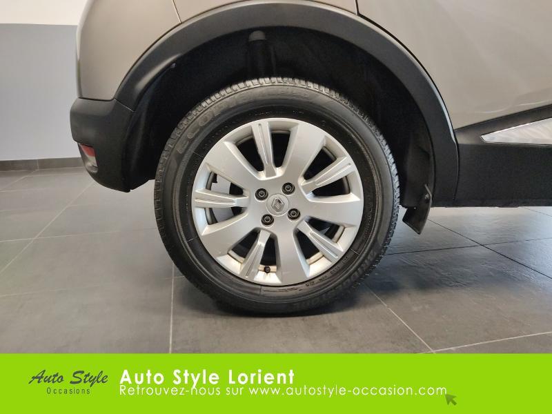 Renault Captur 0.9 TCe 90ch Stop&Start energy Zen eco² Beige occasion à LANESTER - photo n°16