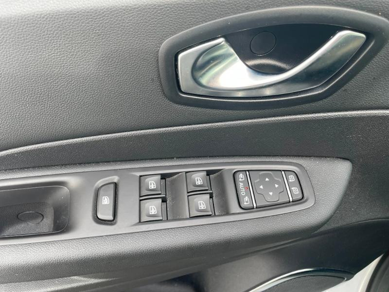 Renault Captur 1.2 TCe 120ch energy Intens EDC Gris occasion à Albi - photo n°19