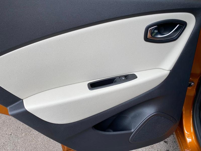Renault Captur 1.2 TCe 120ch energy Intens Orange occasion à Figeac - photo n°13