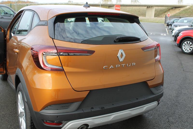 Renault Captur 1.3 TCE 130CH FAP ZEN EDC Orange occasion à Saint-Saturnin - photo n°6