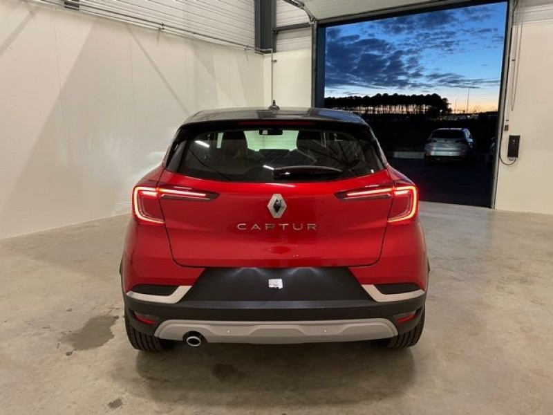 Renault Captur 1.3 TCE 140CH INTENS EDC Rouge occasion à Mées - photo n°6
