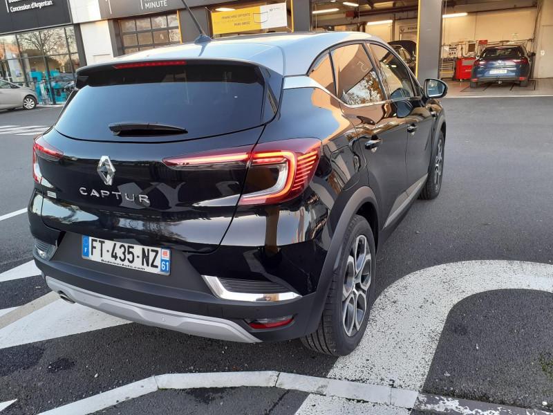 Renault Captur 1.5 Blue dCi 115ch Intens EDC Bleu occasion à ARGENTAN - photo n°2