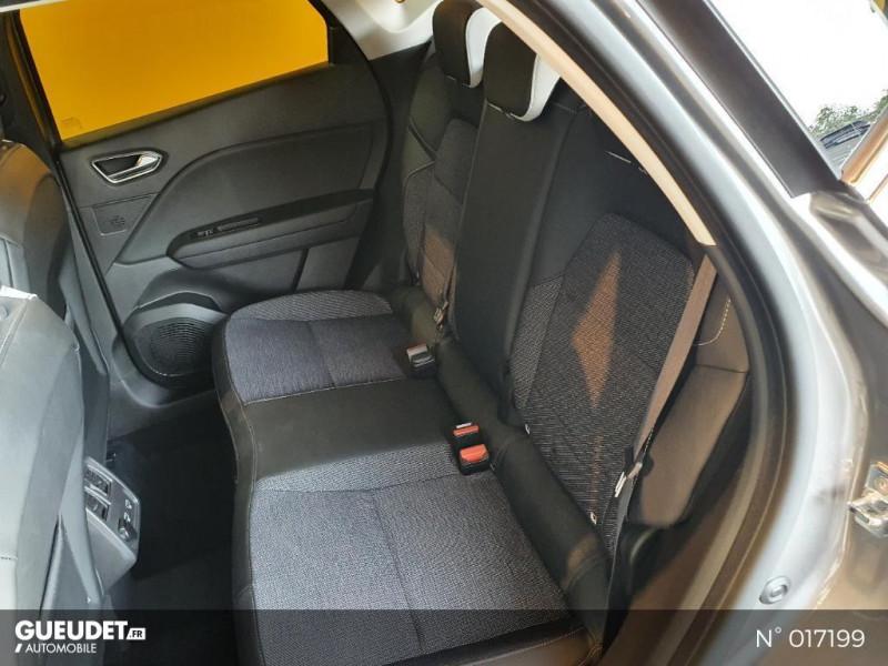 Renault Captur 1.5 Blue dCi 115ch Intens EDC Gris occasion à Saint-Maximin - photo n°5