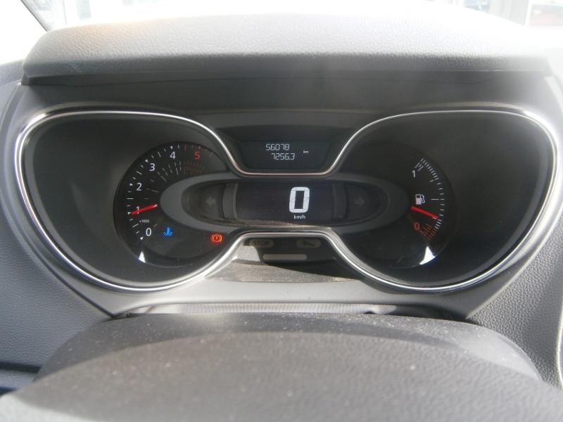 Renault Captur 1.5 dCi 110ch energy Business Gris occasion à Millau - photo n°16
