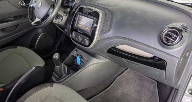 Renault Captur 1.5 dCi 90 Energy eco² Business E6 Gris occasion à SAINT FULGENT - photo n°2