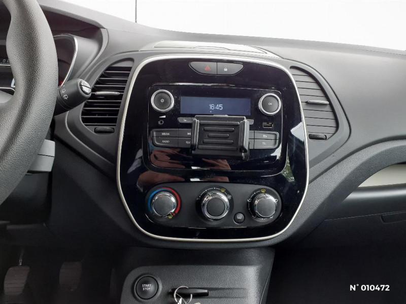 Renault Captur 1.5 dCi 90ch energy Life eco² Gris occasion à Persan - photo n°11