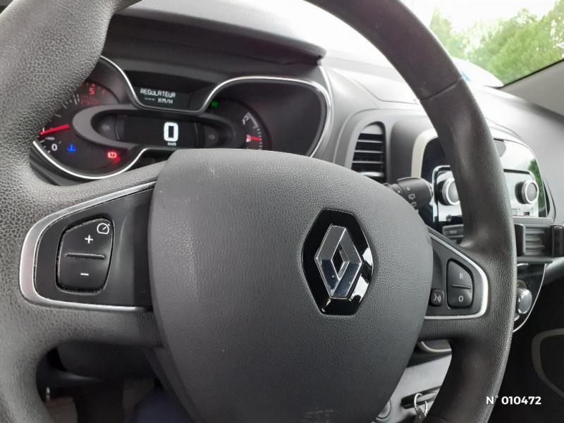 Renault Captur 1.5 dCi 90ch energy Life eco² Gris occasion à Persan - photo n°15