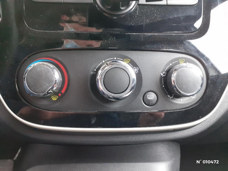 Renault Captur 1.5 dCi 90ch energy Life eco² Gris occasion à Persan - photo n°13