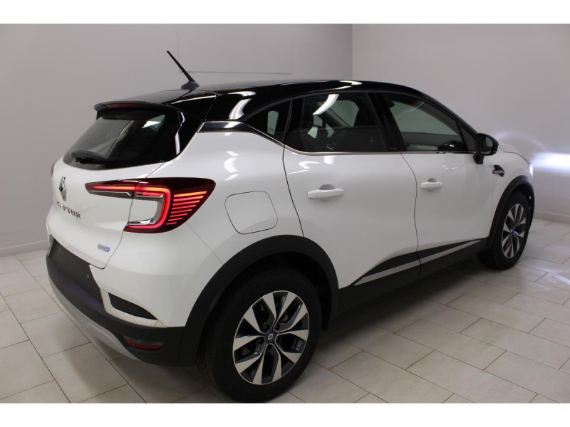 Renault Captur 1.6 E-TECH Hybride - 160 - BVA multi-modes  II Intens Blanc occasion à Labège - photo n°2