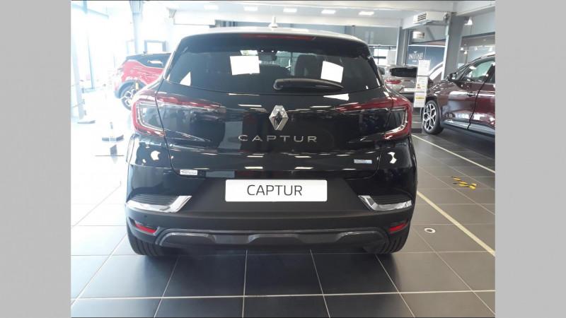 Renault Captur 1.6 E-Tech Plug-in 160ch Initiale Paris Noir occasion à QUIMPER - photo n°4