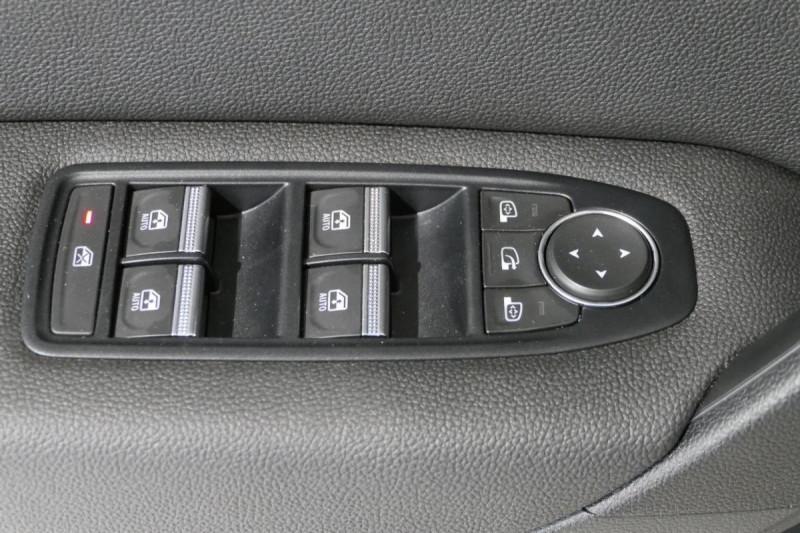 Renault Captur Blue dCi 115 Intens Blanc occasion à LANNION - photo n°9