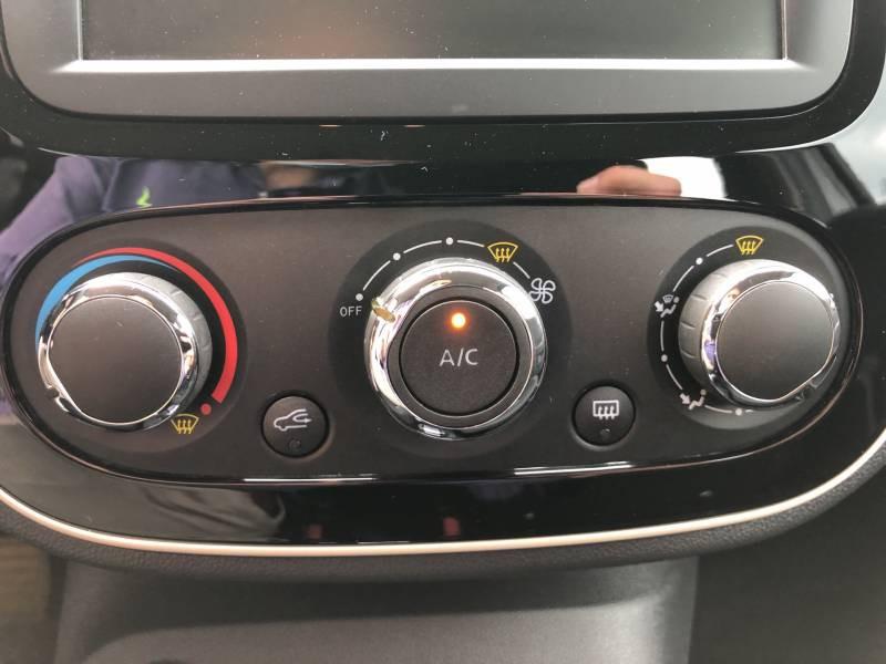 Renault Captur BUSINESS dCi 90 E6C EDC  occasion à VIRE - photo n°17