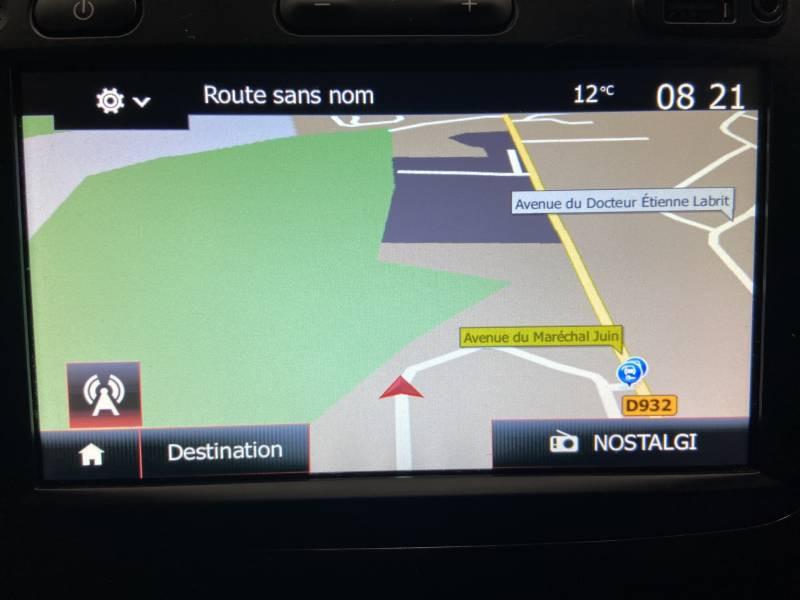 Renault Captur BUSINESS dCi 90 E6C Ivoire occasion à Mont de Marsan - photo n°19