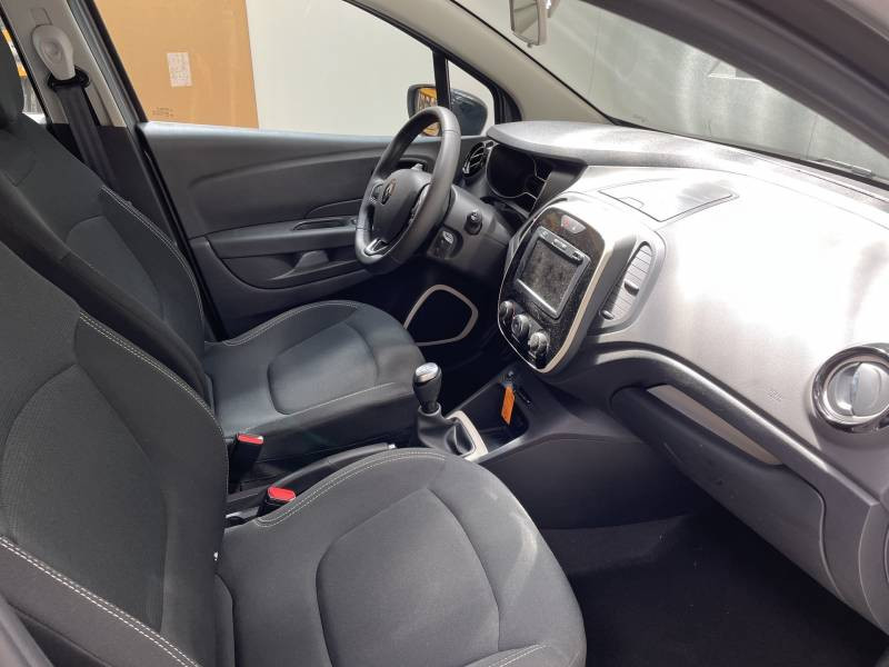 Renault Captur BUSINESS dCi 90 E6C Gris occasion à QUIMPER - photo n°6