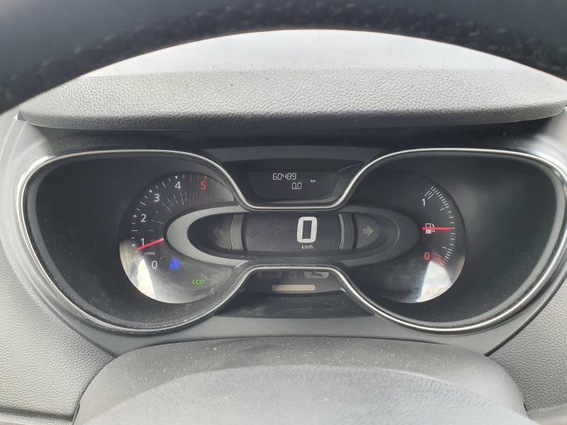 Renault Captur BUSINESS dCi 90 Energy Noir occasion à Moncassin - photo n°11