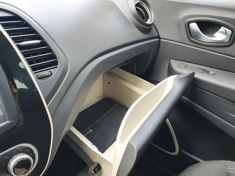 Renault Captur BUSINESS dCi 90 Energy Noir occasion à Moncassin - photo n°9